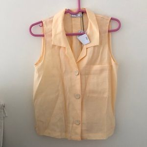 Mango sleeveless shirt US 4